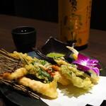 蟹と海鮮 個室居酒屋 東郷 - 蟹の天麩羅