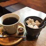 カフェ箱庭 - ホットコーヒー