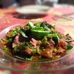 トキオプラージュ・ルナティック  - 牛肉の土佐作り(800円)新鮮なたたきです(///∇///)
