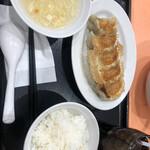 大阪餃子軒 - 餃子セット450円