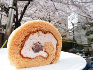 RANDY - 桜のロールケーキ 500円