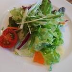 ペペローニ - セットのサラダ