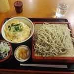 ゆう月 - ミニ玉子丼セット830円