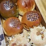カスカード・あんぱんや - 6色ミニあんパン