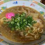 ラーメン倉庫 - 醤油豚骨ラーメン   600円(税込)