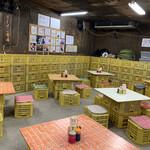 ラーメン倉庫 - 倉庫の中♡