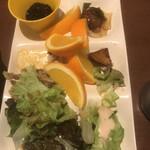 魚太郎・蔵のまち - ブッフェの取り皿