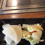 広島お好み焼 くるみ - 自家製お漬物300円。安定した味わいで美味しくいただきました(^。^)