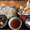 蕎麦遊 いしかわ - 料理写真:粗挽十割そば、天ぷら、鴨つけ汁。お漬物美味しい。