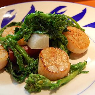 埼玉と千葉にある契約農家から有機野菜を仕入れております。