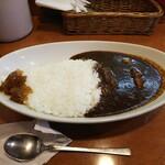 伽哩屋 DEW - 「カシミールカレー 大盛り(¥800)」+「福神漬け(¥30)」