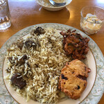 インディアン・レストラン ロタ - マトンビリヤニとかき揚げ・芋天、フルーツカスタード