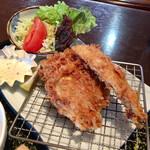 大浜丸 魚力 - フライは軽く美味しく揚げられています