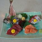 湯の泉 東名厚木健康センター - 料理写真:お刺身盛り合わせ(みんな一皿4名分)