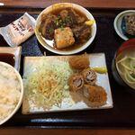 Okinawadainingunagomi - あぐー豚バラ肉のミルフィーユカツとミニソーキ煮定食