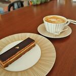 ル カフェ ヴィー - Opera     1,700円 ベルナルドの食器、カトラリーはクリストフル