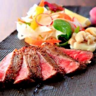 和牛ステーキなど、プレミアムなコースをお楽しみいただけます☆