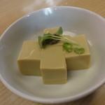 12472044 - カニ味噌豆腐 \500