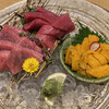 しま川 - 料理写真:鮪赤身、中トロ、雲丹刺し