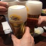 JOE'S SHANGHAI NEWYORK - お昼から至福の生ビール。
