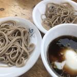 湖月堂 - ★★★ 蕎麦は昔ながらの出石そば。生卵ではなく温泉卵が付いています