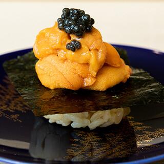 新鮮な地魚やシャリ、海苔に至るまでこだわった渾身の寿司