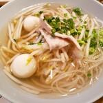 チャンパー - タイ風つゆ麺