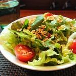 イージーピット - 美味しいサラダ