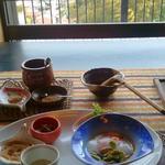 アジアン港宿 遊海月 - 海と向き合うレストランで朝食。