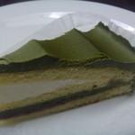 アゼリア - 料理写真:まっちゃケーキ 370円