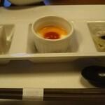 希味 - オードブル三種盛り(胡麻豆腐のポン酢ジュレ、蕪のムース、〆鯖と日向夏)