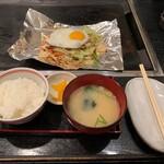 狸狸亭 - 野菜炒め定食