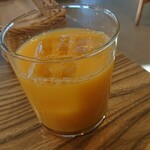 カフェ&バー ヌプカ - セットのオレンジジュース