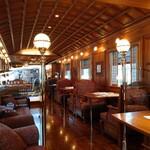 やま中・本店 鮨と日本料理  - ななつ星  1号車で 食事です