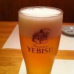 しうまい家 松富 - 生ビールはエビス。