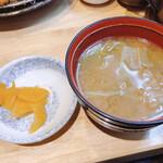 三是食堂 かつどころ - 漬物、味噌汁
