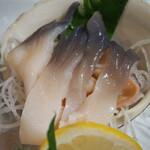 瑠玖&魚平 - 本日のお刺身(活ほっき貝)