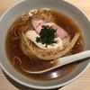 ボノボ - 料理写真:醤油らぁめん(700円)