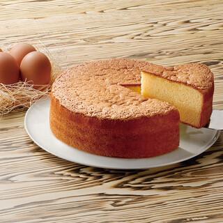 新鮮なたまごや、ふわふわなケーキのお持ち帰りもOK