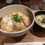 信州酒房 蓼科庵 - チキンカツ煮丼 700円(12時まで)