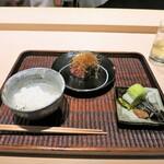 紀茂登 - 白ご飯 香の物 シャトーブリアンの炭火焼き