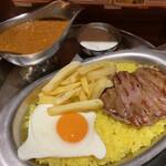 ターリー屋 - サーロインステーキ キーマライス定食 1,080円