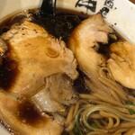 麺匠 中うえ  - 醤油らぁ麺750円鶏×鯛