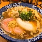 中華そば 虎桜 - 料理写真:人気No.1  ワンタン中華そば 950円