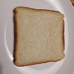 ハートブレッド アンティーク - 食パンはきめの細かい