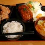 大盛りや もり達 - 料理写真:目玉焼きハンバーグ(2個)定食(ご飯大+味噌汁大)+唐揚げ5個