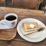 猿田彦珈琲 - モーニングドリップコーヒー305円、バタートーストハーフ110円