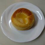 パン食菜館 トレトゥール - プレザーブ(160円)焼きリンゴとカスタードクリーム