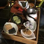 九份阿妹茶酒館 - 高山烏龍茶とお茶菓子のセット 1人 NT$300