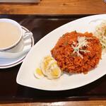 ロイヤルインド - 料理写真:ビリヤニーセット(チキンビリヤニー、サラダ、チキンスープ)